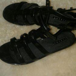 Silikon sandalet satacağım