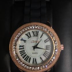 Watches from the master of couture dresses new for a gift