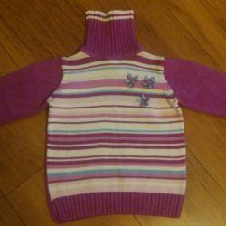 Sweatshirts for a girl 3-5 years