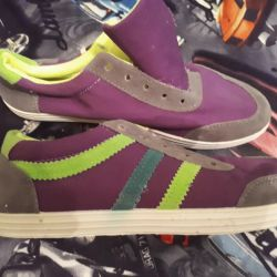 Sneakers new size 37