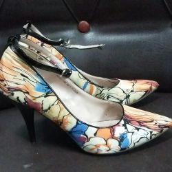 Shoes 38p