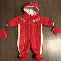 Комбінезон на 9-12 місяців Ferrari