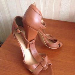 Νέα δερμάτινα παπούτσια 38ρ