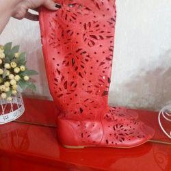 Καλοκαιρινές μπότες