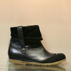 128. Boots autumn p.37,38,39, leather