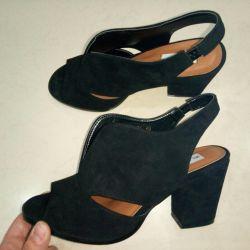 39 sandals