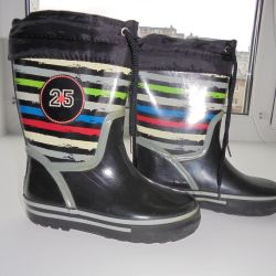 Insulated rubber boots 26 times. 16.5cm by art