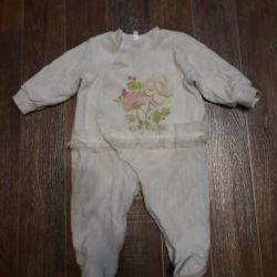 Warm overalls for 6-9 months.