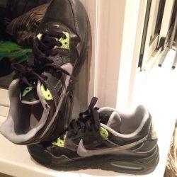 Кроссовки Nike air max б/у р 37