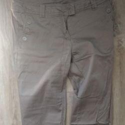 Pantaloni r. 42-44