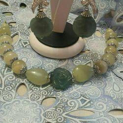 Brățară și cercei din Jade natural și Onyx.