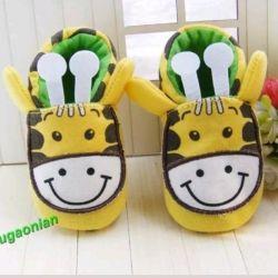 Bebek için ilk ayakkabılar