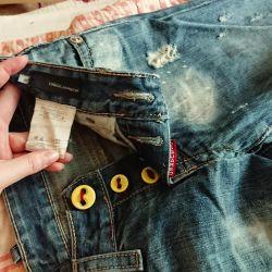 Jeans pentru fete de la DSQUARED2 (Italia)