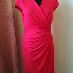 Kırmızı elbiseler 44-46