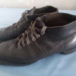 Boots (ski)