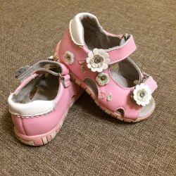 Sandals (sandals) leather