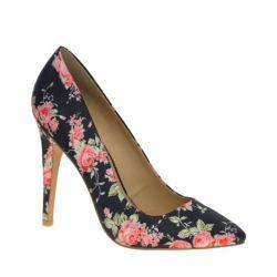 Pantofi în floare