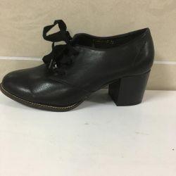 Women's shoes art 2630