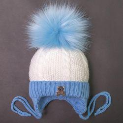 Yeni şapka, kış beyaz mavi