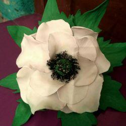 White poppy - brooch