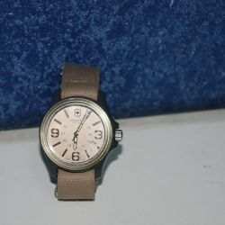 Victorinox Swiss Quartz Wristwatch Switzerland