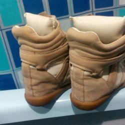 Кроссовочки-сникерсы!!!