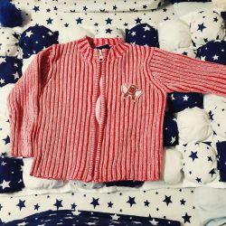 Bluza pe o înălțime a unei fete 86-92