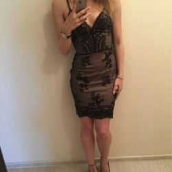 Dantel ile elbise