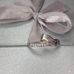 The ring is made of test silver 925. Size 18