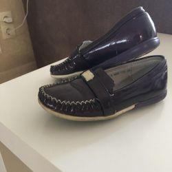 Mokasen ayakkabı