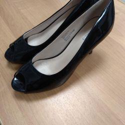 Pantofi, mărimea 39