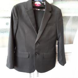 Школьный черный костюм мальчику рост 116-128