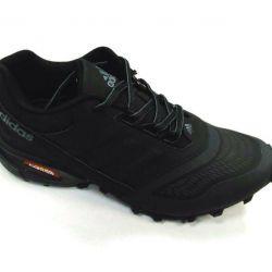 Новые кроссовки Adidas.Нубук 40 и 41р