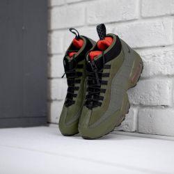 Nike Air Max 95 'στρατό πράσινο / κόκκινο' πάνινα παπούτσια