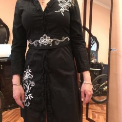 Dress must couture with embroidery