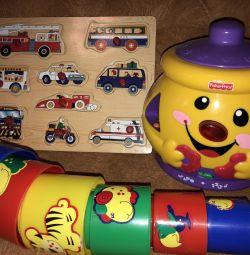 Развивающие игрушки БУ