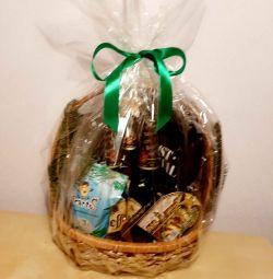 Beer basket. Gift for man