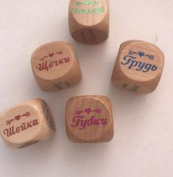 Cuburi pentru joc