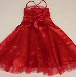 праздничное платье р.110-116