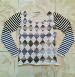 Sweater 46r knitted