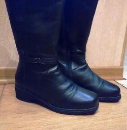 Γυναικεία μπότες χειμερινές νέες