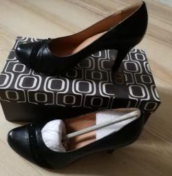 Pantofi nat. piele, nou, dimensiune 35