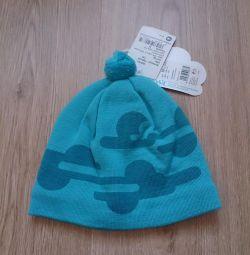 Нова шапка Lassia