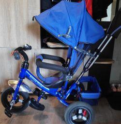 Biciclete pentru copii cu trei roți
