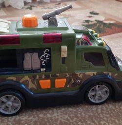 Mașină militară