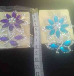 Chic Brooches