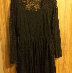 Dress with lace stretch