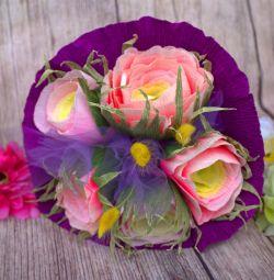 Μπουκέτα με γλυκά μέσα. Λουλούδια