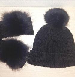 Hat + Mittens