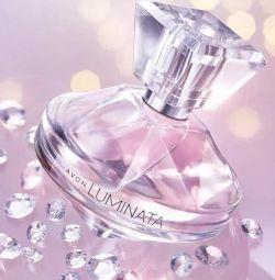 Parfumerie Avon Luminata apă, 50 ml